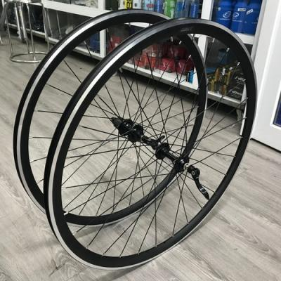 Bicycle wheel for sale 700c 28 spokes