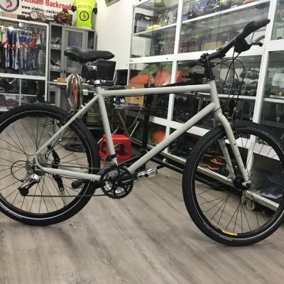 LKLM touring nbicycle